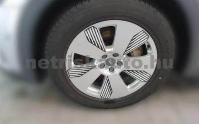 e-tron személygépkocsi - cm3 Kizárólag elektromos 104964 2/10