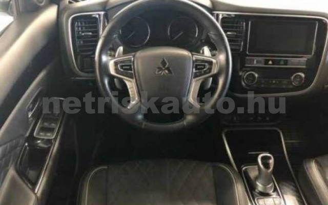 MITSUBISHI Outlander személygépkocsi - 2360cm3 Benzin 105715 9/12