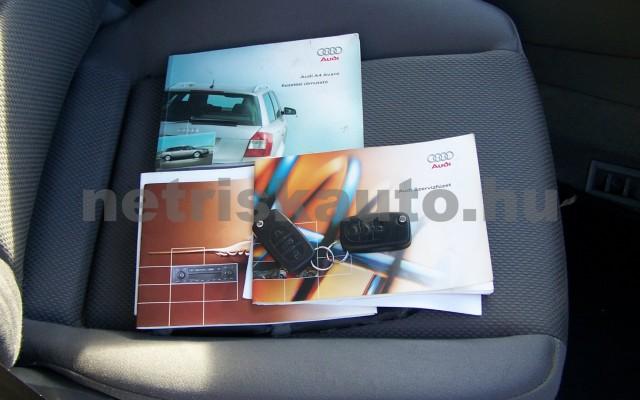 AUDI A4 1.6 Komfort személygépkocsi - 1595cm3 Benzin 44745 12/12