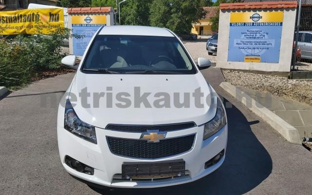 CHEVROLET Cruze 1.6 LS személygépkocsi - 1598cm3 Benzin 47430 2/12