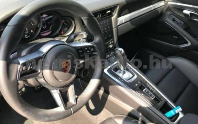 911 személygépkocsi - 2981cm3 Benzin 106252 9/12