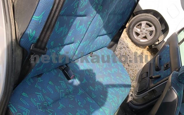 PEUGEOT 106 1.1 XN személygépkocsi - 1124cm3 Benzin 32765 10/12