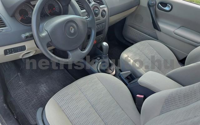RENAULT Mégane 1.6 Expression személygépkocsi - 1598cm3 Benzin 52522 11/29