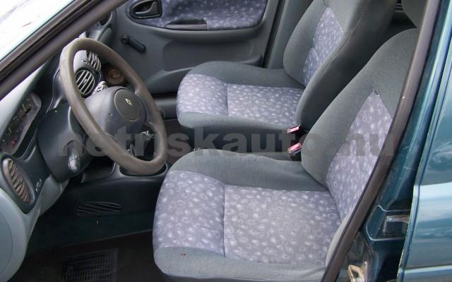 RENAULT Mégane 1.4 RN személygépkocsi - 1390cm3 Benzin 44623 9/10