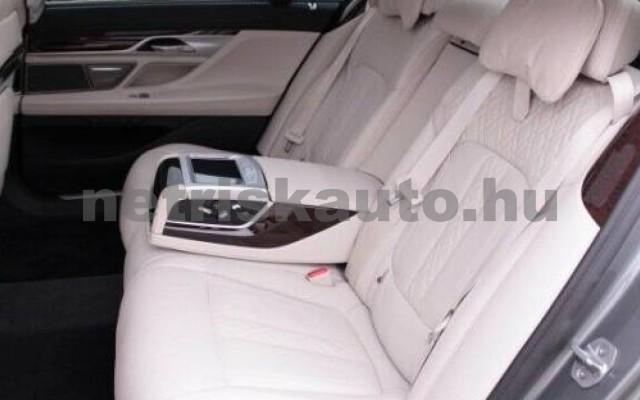 BMW 740 személygépkocsi - 1998cm3 Hybrid 109982 10/11