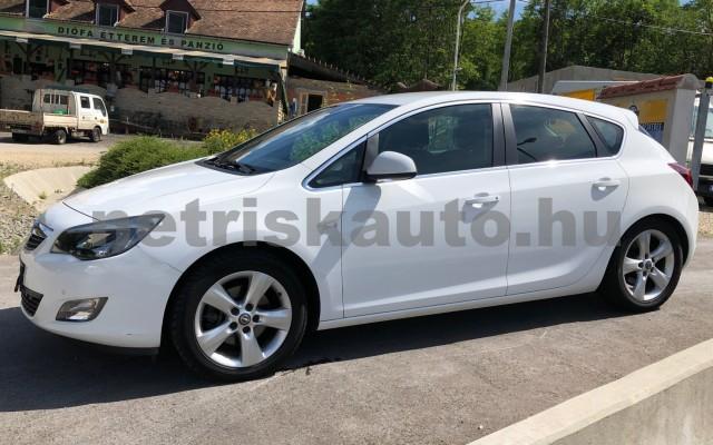 OPEL Astra 2.0 CDTI Enjoy személygépkocsi - 1956cm3 Diesel 19948 4/12