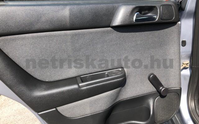 OPEL Astra 1.6 16V Classic II Optima személygépkocsi - 1598cm3 Benzin 47436 11/12