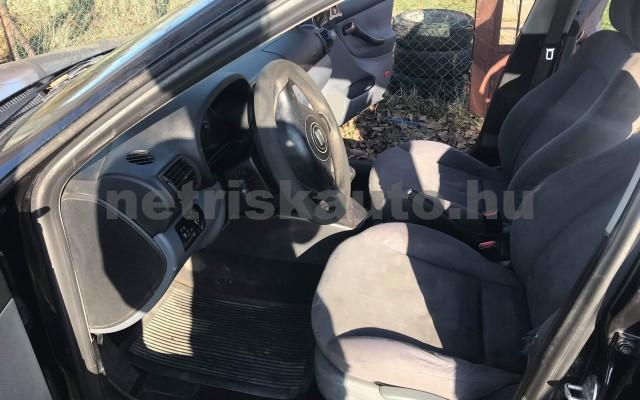 SEAT Leon 1.4 16V Stella személygépkocsi - 1390cm3 Benzin 21406 4/4