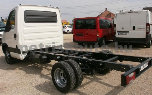 IVECO 35 35 C 18 3450 Aut. tehergépkocsi 3,5t össztömegig - 2998cm3 Diesel 44689 4/9