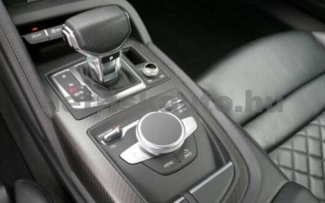 R8 személygépkocsi - 5204cm3 Benzin 104863 8/10