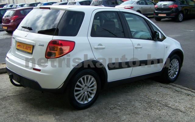 SUZUKI SX4 1.5 GS személygépkocsi - 1490cm3 Benzin 44771 4/12