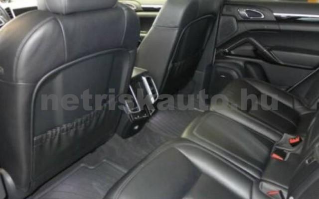 Cayenne személygépkocsi - 4134cm3 Diesel 106288 12/12
