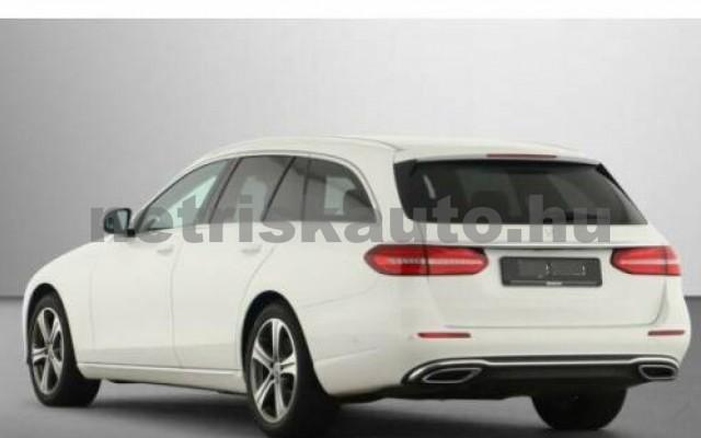 E 400 személygépkocsi - 2925cm3 Diesel 105871 2/12