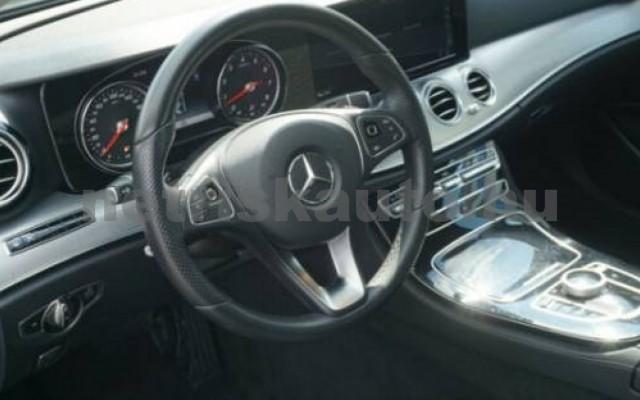 E 250 személygépkocsi - 1991cm3 Benzin 105835 6/11