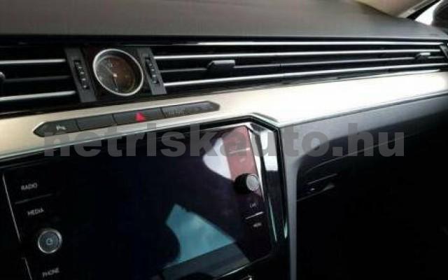 Passat személygépkocsi - 1395cm3 Hybrid 106369 12/12