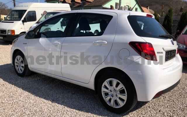 TOYOTA Yaris 1.5 HSD Active e-CVT személygépkocsi - 1497cm3 Hybrid 81435 3/12