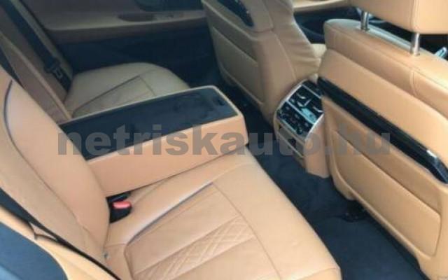 BMW 740 személygépkocsi - 2993cm3 Diesel 109995 8/12