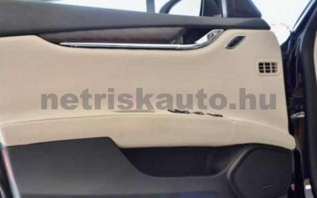 Quattroporte személygépkocsi - 2987cm3 Diesel 105709 12/12