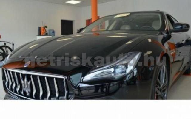 Quattroporte személygépkocsi - 2987cm3 Diesel 105709 2/12