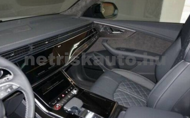 SQ8 személygépkocsi - 3996cm3 Benzin 104949 12/12