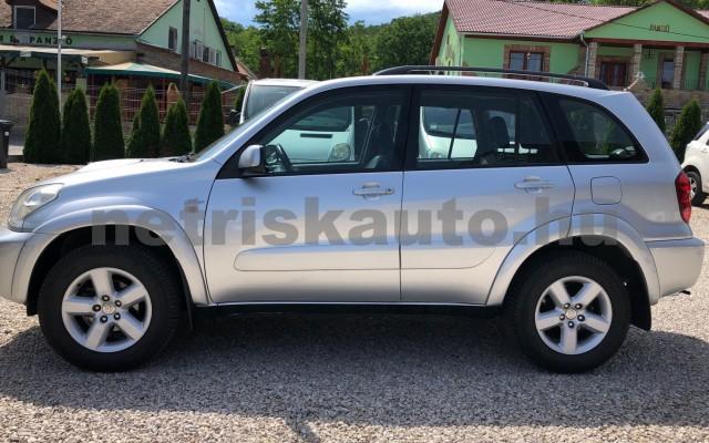 TOYOTA Rav4 2.0 D 4x4 Sol személygépkocsi - 1995cm3 Diesel 93273 3/12