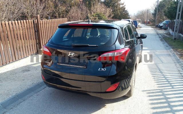 HYUNDAI i30 1.4 MPi ISG Life személygépkocsi - 1368cm3 Benzin 27694 2/5