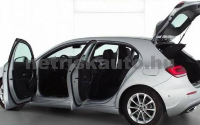 A 200 személygépkocsi - 1950cm3 Diesel 105730 3/8