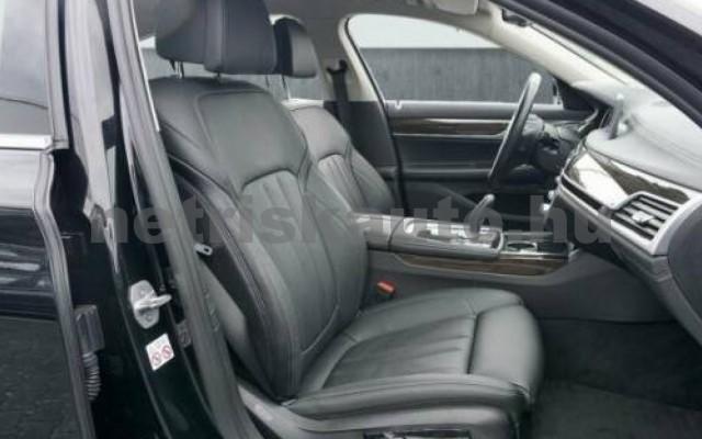 BMW 740 személygépkocsi - 2998cm3 Benzin 110015 11/12