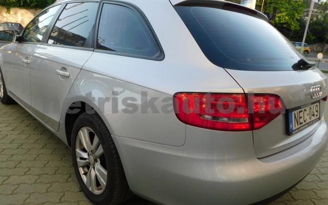 AUDI A4 1.8 T FSi Multitronic személygépkocsi - 1798cm3 Benzin 44599 3/12