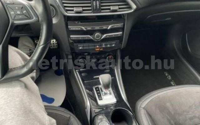 INFINITI Q30 személygépkocsi - 1991cm3 Benzin 110372 7/12