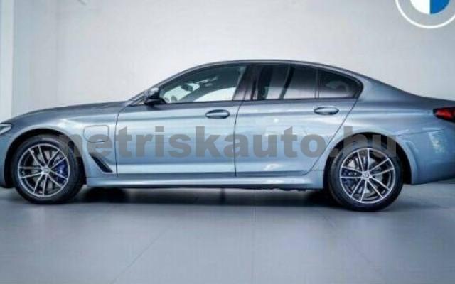 545 személygépkocsi - 2998cm3 Hybrid 105118 2/12