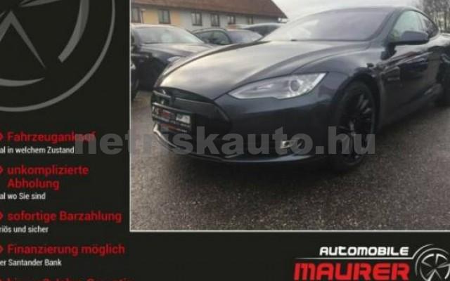 TESLA Model S személygépkocsi - 2000cm3 Kizárólag elektromos 39945 4/7