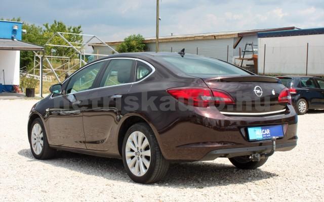 OPEL Astra 1.6 Active Aut. személygépkocsi - 1598cm3 Benzin 18630 8/12
