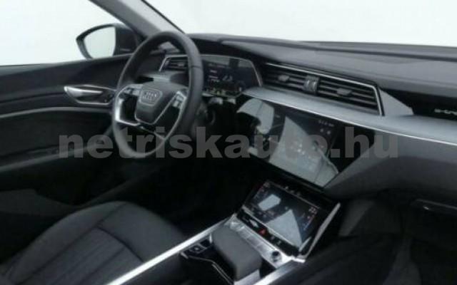 e-tron személygépkocsi - cm3 Kizárólag elektromos 104959 6/8