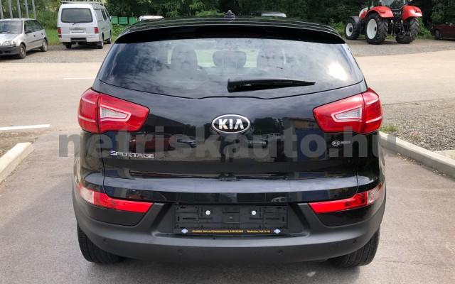 KIA Sportage 1.6 GDI LX személygépkocsi - 1591cm3 Benzin 22484 9/12