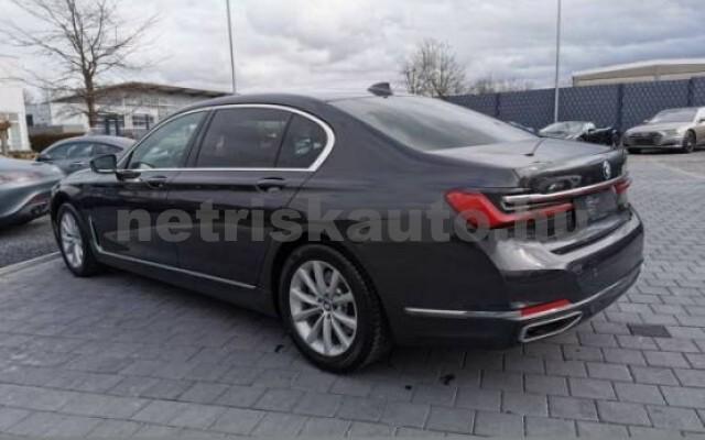 BMW 745 személygépkocsi - 2998cm3 Hybrid 42997 7/7