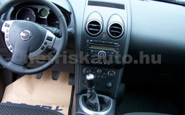 NISSAN Qashqai 2.0 Tekna Premium 4WD személygépkocsi - 1997cm3 Benzin 93259 9/12