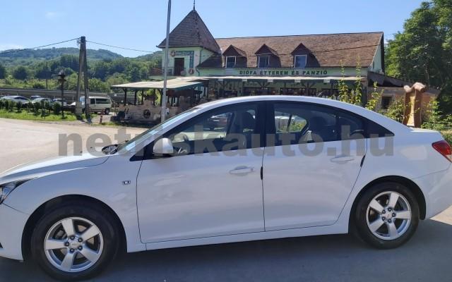 CHEVROLET Cruze 1.6 LS személygépkocsi - 1598cm3 Benzin 47430 8/12