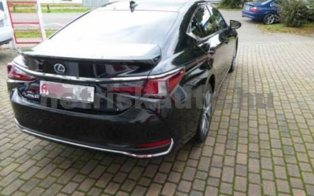 ES 300 személygépkocsi - 2487cm3 Hybrid 105613 3/12