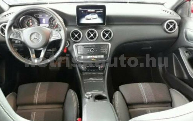 MERCEDES-BENZ A 220 személygépkocsi - 1991cm3 Benzin 110774 7/12