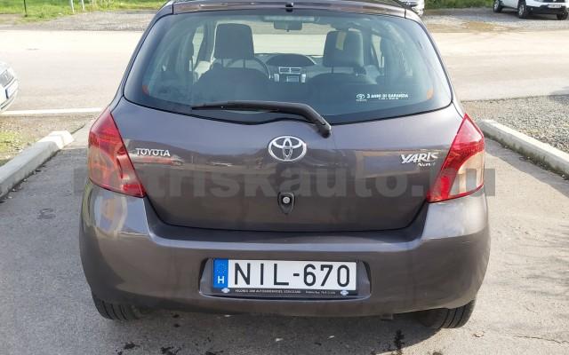 TOYOTA Yaris 1.3 Sol Ice személygépkocsi - 1296cm3 Benzin 52550 6/12