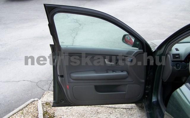 AUDI A4 1.6 Komfort személygépkocsi - 1595cm3 Benzin 44745 11/12