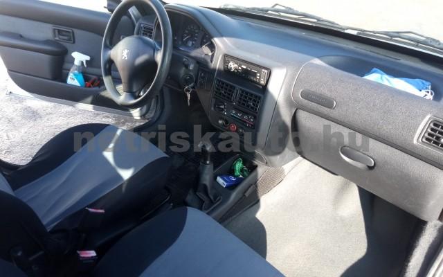 PEUGEOT 106 1.0 XN Classic személygépkocsi - 954cm3 Benzin 25290 6/8
