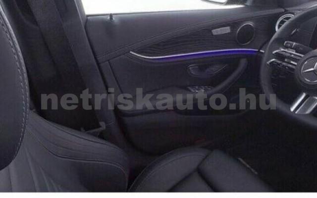 E 400 személygépkocsi - 2925cm3 Diesel 105865 8/9