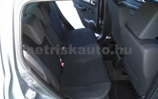 SUZUKI Swift 1.3 GLX CD AC személygépkocsi - 1328cm3 Benzin 27702 10/11