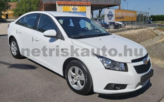 CHEVROLET Cruze 1.6 LS személygépkocsi - 1598cm3 Benzin 47430 3/12