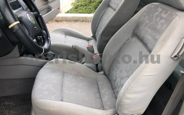 VW Golf 1.4 Euro személygépkocsi - 1390cm3 Benzin 104512 10/12