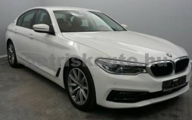 BMW 530 személygépkocsi - 1998cm3 Hybrid 109885 2/12