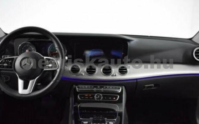 E 400 személygépkocsi - 2925cm3 Diesel 105869 9/12