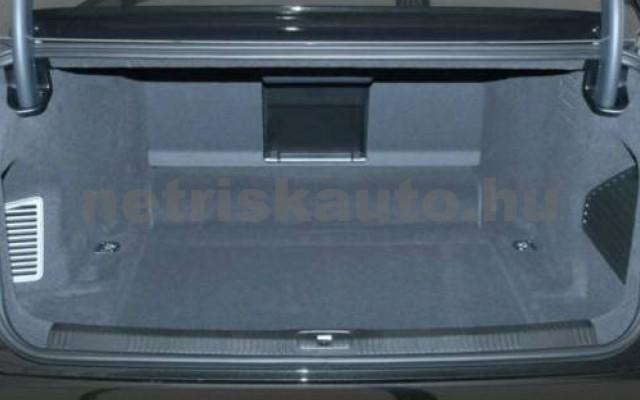 S8 személygépkocsi - 3996cm3 Benzin 104902 4/10